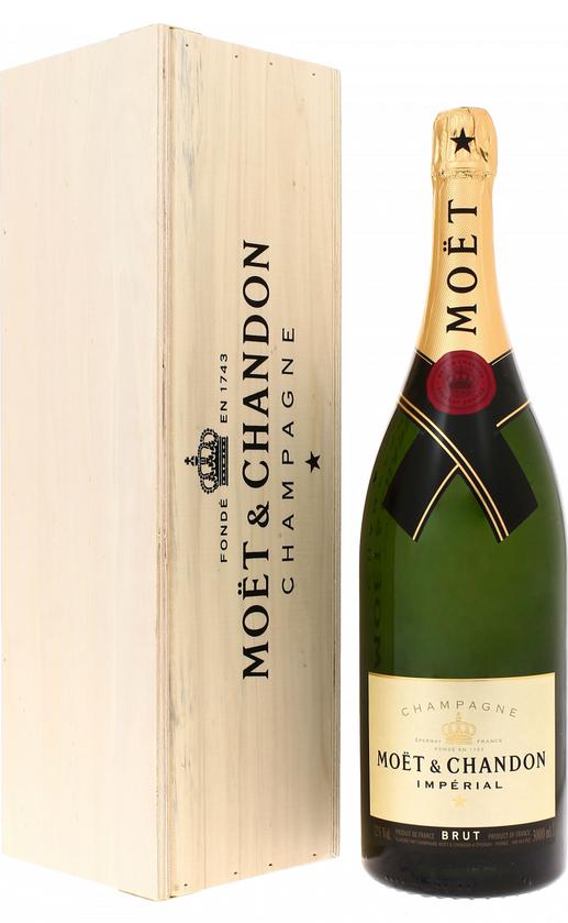 Шампанское Moet et Chandon Brut Imperial в большой бутылке Моет Шандон Брют Империал 3 л.